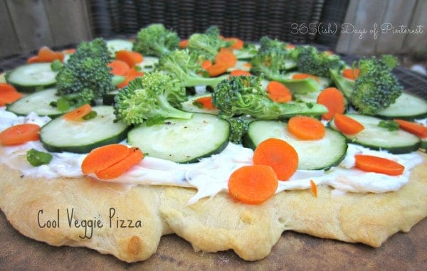 veggie pizza closeup