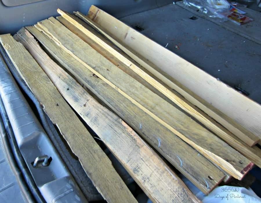 salvaged pallet boards
