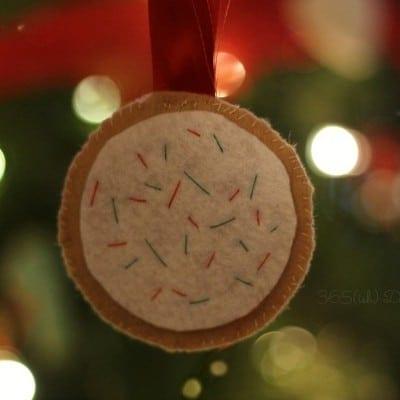 Felt Christmas Cookie Ornaments