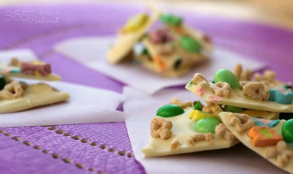 A perfect snack for St. Patrick's Day, this candy bark comes together in minutes with chocolate, mint and crunchy cereal!