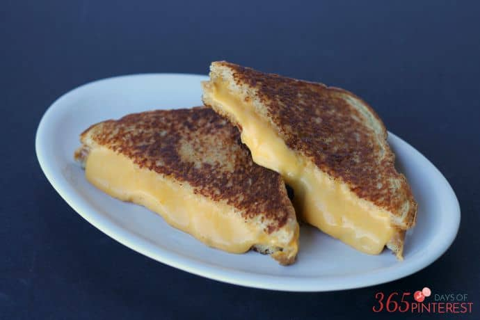 grilled cheese with homemade velveeta