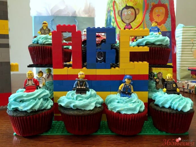 Lego Cupcake display