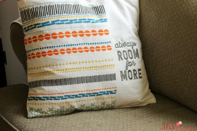 fall-decor-hallmark-pillow