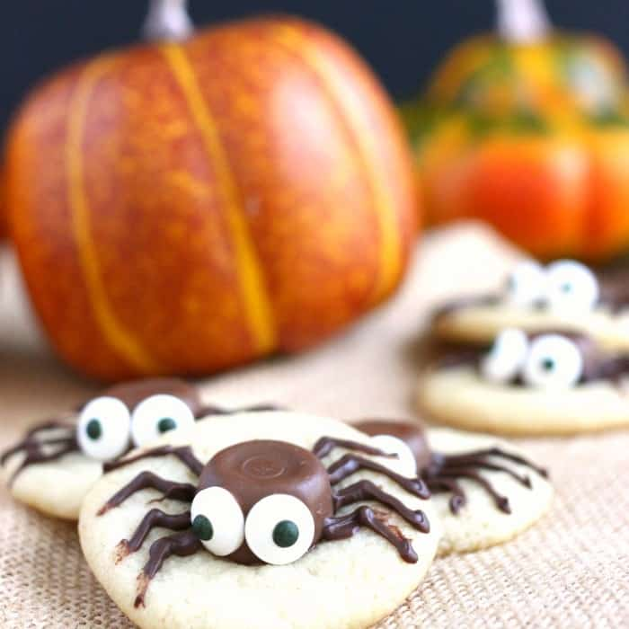 halloween-sugar-cookie-caramel-spider-cookies-22