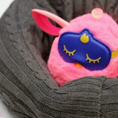 DIY Furby Connect Bed: no sew toy pillow