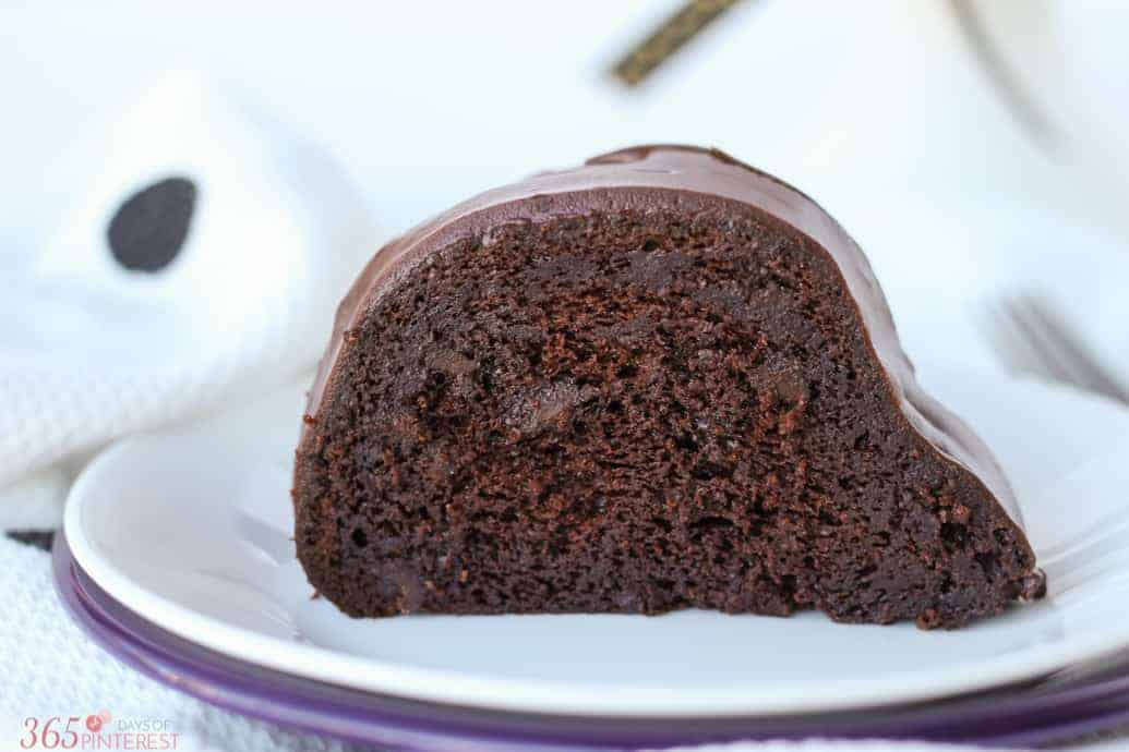 chocolate lovers bundt cake-3